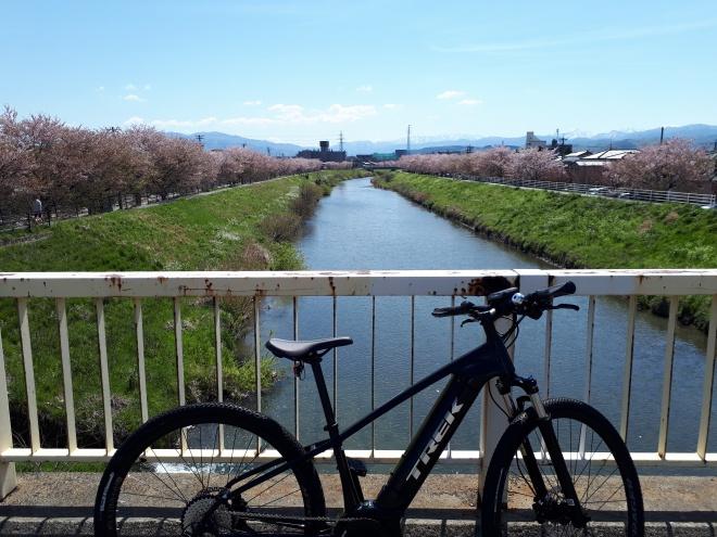 金沢市内も楽々、電動スポーツ自転車(E-Bike)の魅力