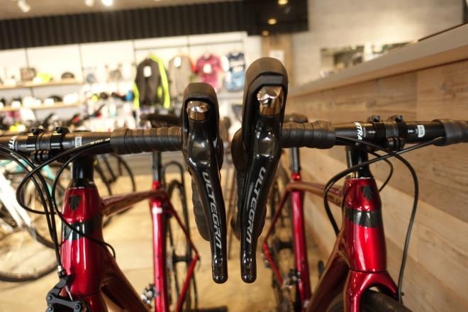 リムブレーキとディスクブレーキの違い、オススメロードバイク、Emonda SL6(エモンダ)