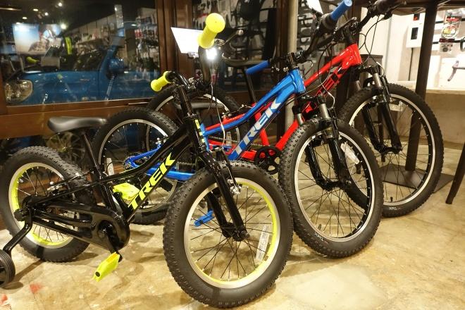 クリスマスプレゼントにおススメ。子供用自転車(ジュニアマウンテンバイク)各サイズ揃っています。