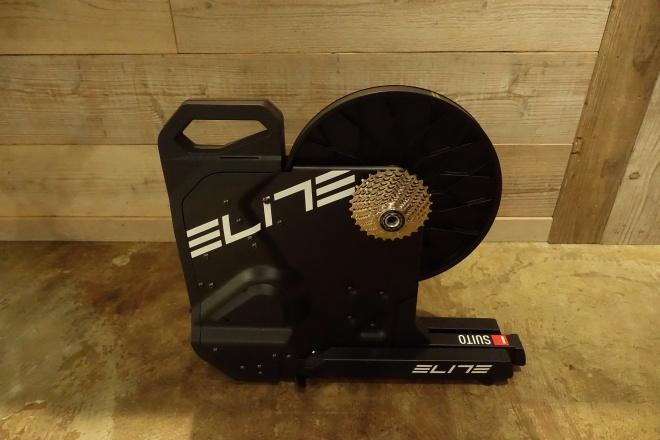 Eliteのお手頃スマートローラー台SUITOでZUIFTデビュー(エリート、スイート)